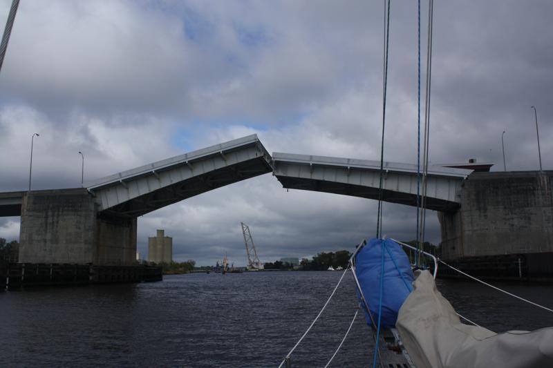 Isabelle Stellings Holmes Bridge